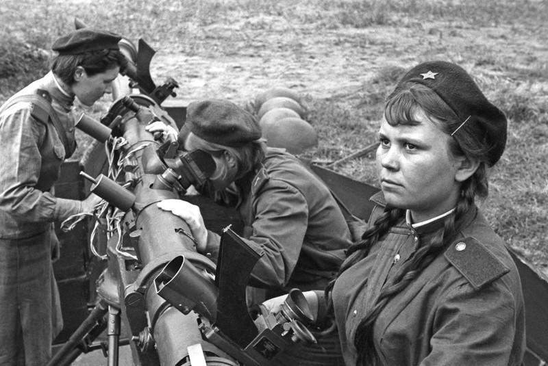 Милые наши мамочки! Поздравляем вас с Днем Победы!